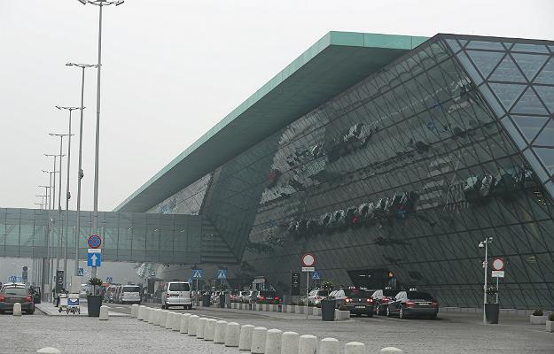 Agresywny pasażer na lotnisku w Krakowie-Balicach