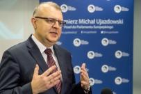 Ujazdowski: konflikt pomiędzy PiS i Tuskiem szkodzi Polsce