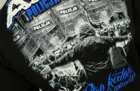 Zawiercie: 27-latek usłyszy zarzuty za sprzedaż bluz z obraźliwymi napisami