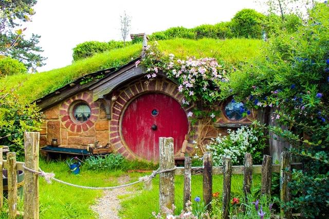 Bajeczna architektura: która z postaci mogłaby zamieszkać w tym domu?