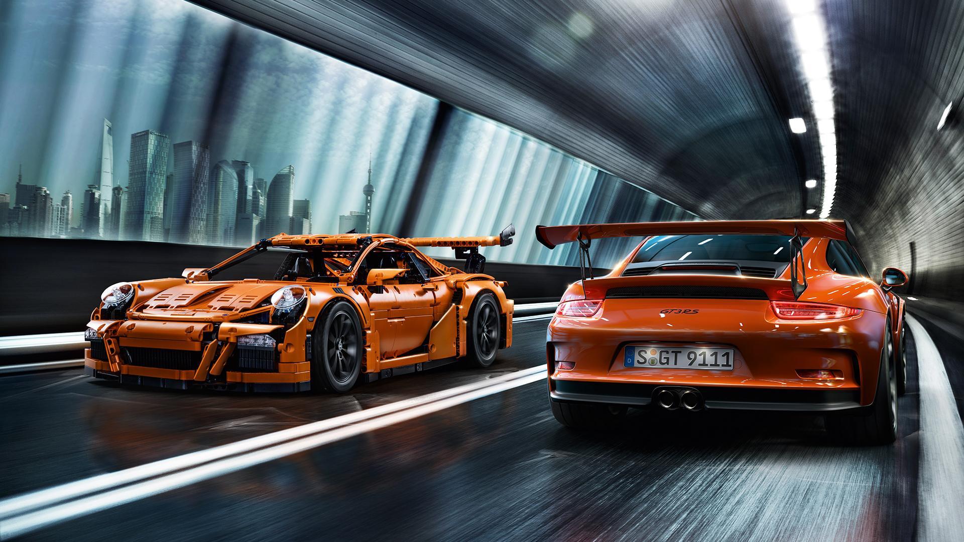 Przyjdź i zobacz… naturalnej wielkości Porsche 911 gt3 rs z klocków Lego!