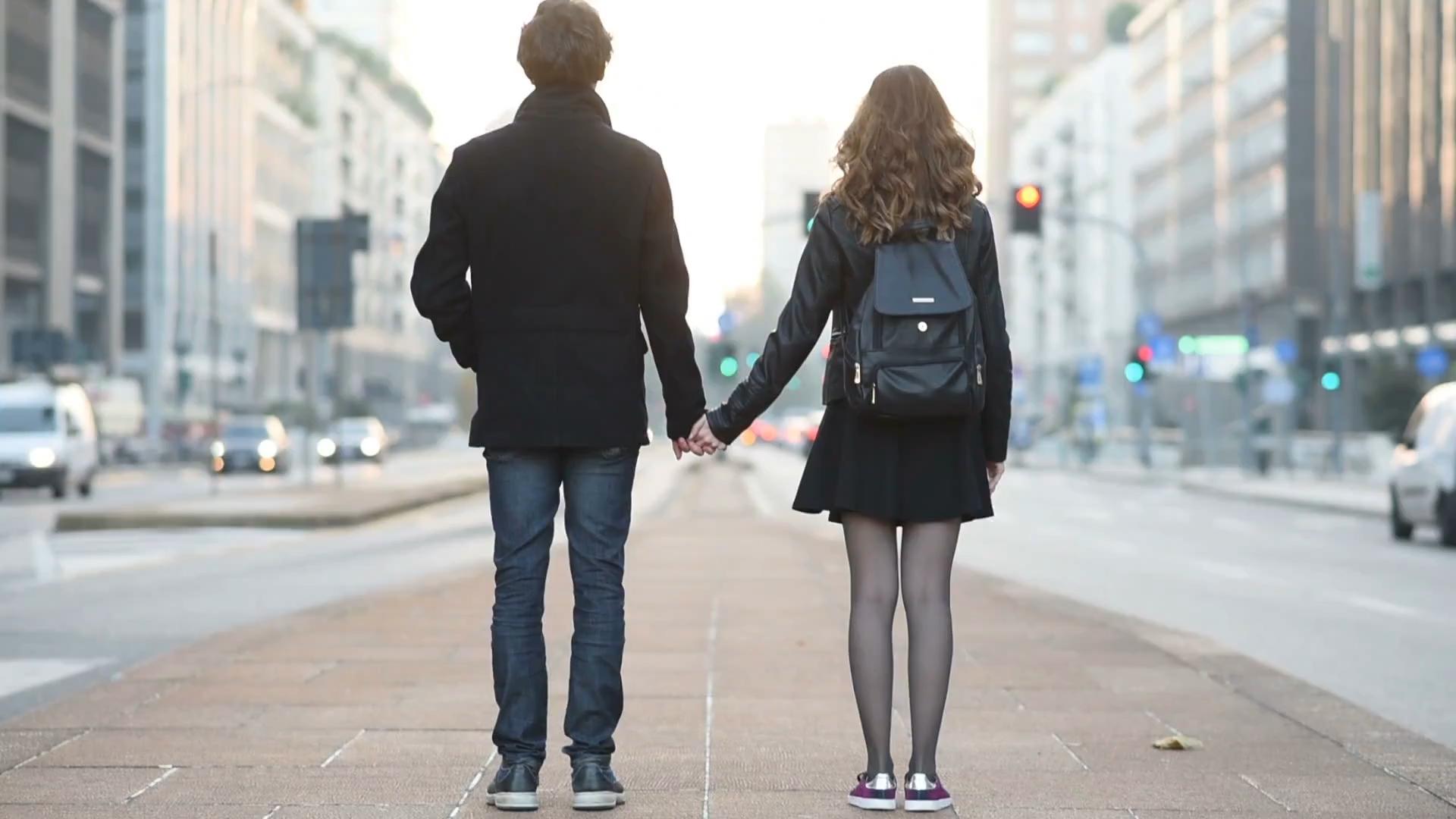 Mniej seksu przed ślubem. Gwarancja dobrego małżeństwa?