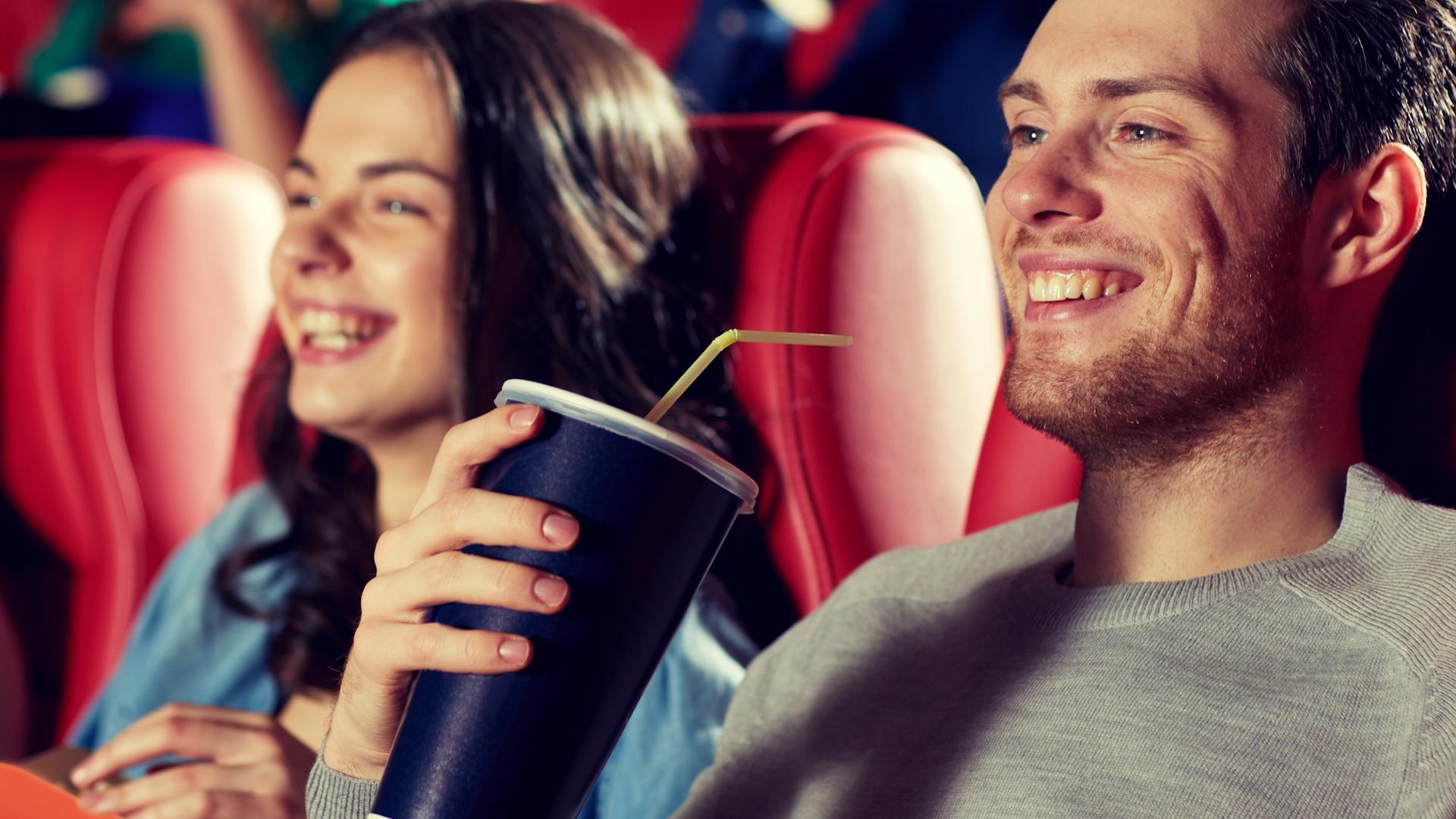 Nigdy nie kupuj napoju w kinie