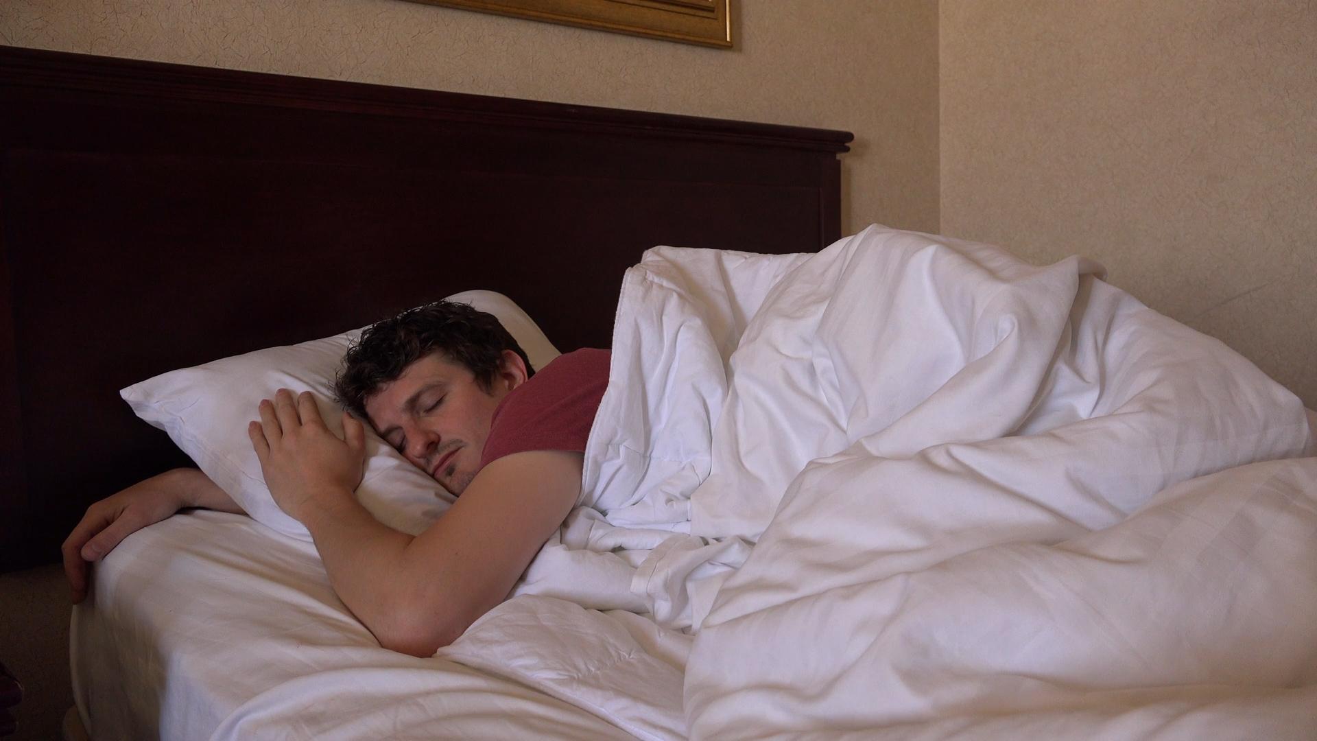 Dlaczego powinieneś wcześniej chodzić spać