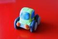 Plastelinowy samochodzik