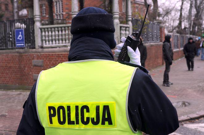 Praca w policji. Żenująco niska płaca za ciężką pracę