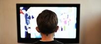 Internauci nie chcą płacić na telewizję publiczną, zgadzają sie na jeszcze wiecej reklam i przerywanie programów