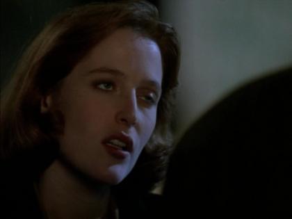 Klapni�te oczko agentki Scully
