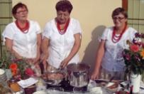 Panie z Koła Gospodyń Wiejskich zostały youtuberkami. Uczą gotować śląskie potrawy