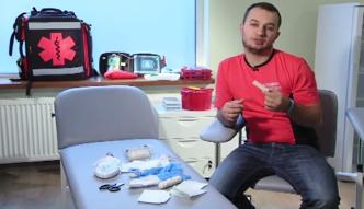 Jak odpowiednio wyposażyć domową apteczkę?