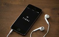 Jak się słucha muzyki w XXI wieku?