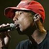 Pharrell przekłada premierę płyty