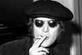 Prawie 50 tysięcy dolarów za garnitur Johna Lennona