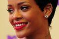 Rihanna jest nieskruszona i topless