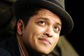 Akrobacje i fajerwerki na ślubie Bruno Marsa