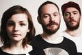 Chvrches śpiewa Arctic Monkeys