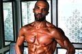Zobacz muskularnego Craiga Davida