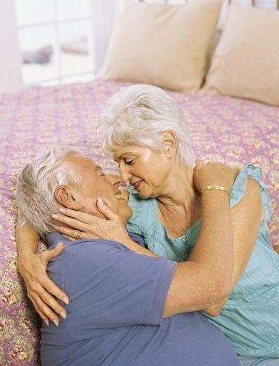 Половые отношения в пожилом возрасте у женщин