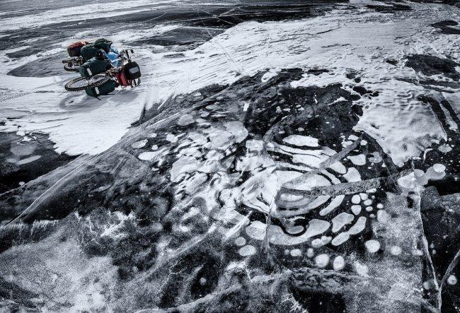 Wyprawa rowerowa po zamarzniętym Bajkale