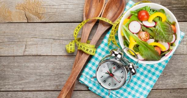 Co jeść, żeby schudnąć? Jak jeść, żeby schudnąć? Sprawdzone triki - Odchudzanie - sunela.eu