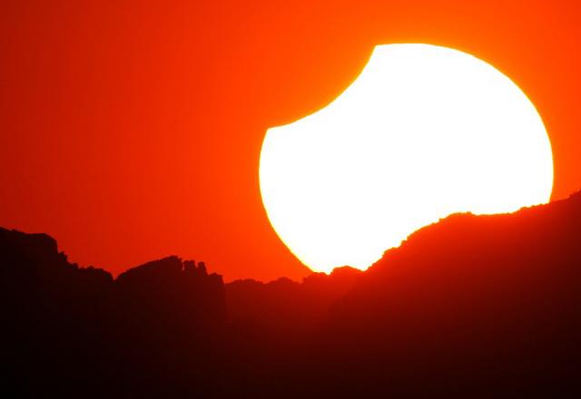 Rzadkie zaćmienie Słońca