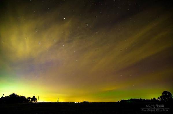 Zorza polarna nad Rzeszowem widziana w nocy 8 października 2015r.