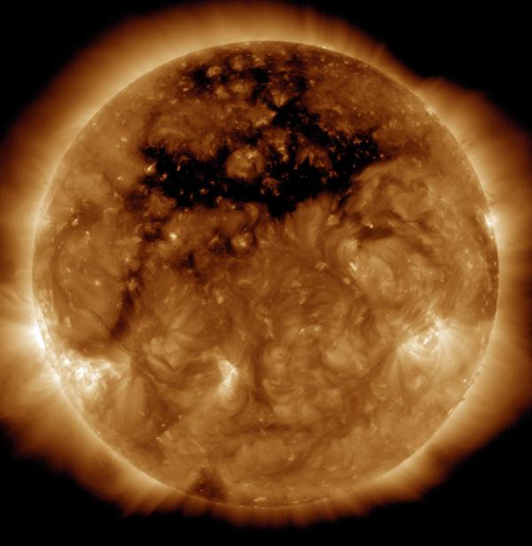 Dziury koronalne na słońcu