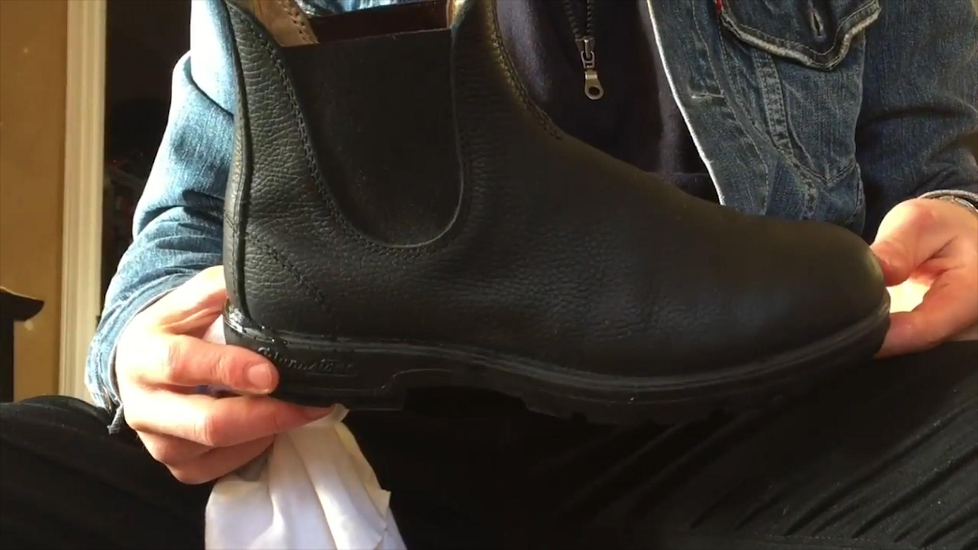 72aa9c4fe3ee Zabezpiecz buty przed solą. Ważna jest systematyczność (WIDEO)